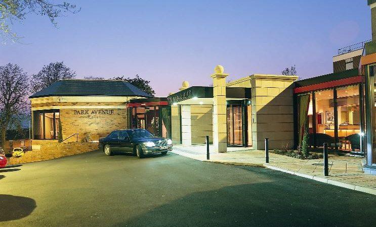 Plan to raze Park Avenue Hotel for social housing